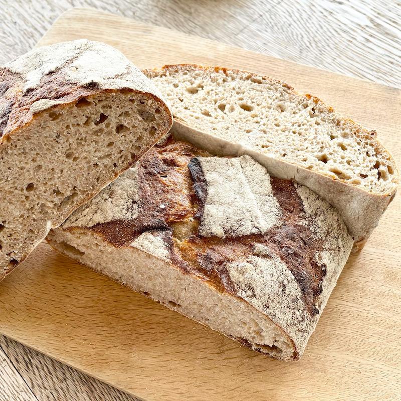 5月の月とピエロのパンの日